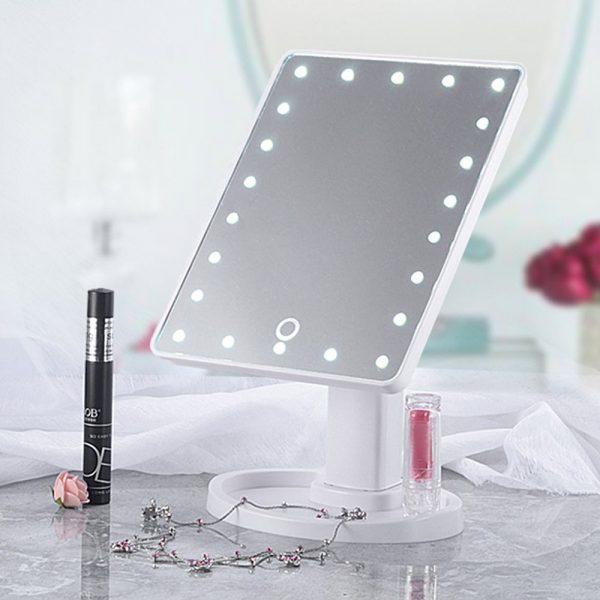Led ogledalo za šminkanje